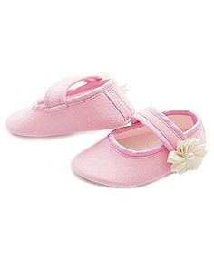 D'chica Shoes Little Princess Flower Booties - Light Pink http://www.firstcry.com/dchica-shoes/d'chica-shoes-little-princess-flower-booties-light-pink/635662/product-detail