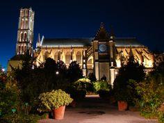 Limoges - La cathédrale Saint-Étienne . - Limoges, Limousin