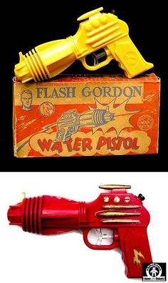 Space Guns - FLASH GORDON WATER PISTOL - MARX - USA - ALPHADROME ROBOT AND SPACE TOY DATABASE