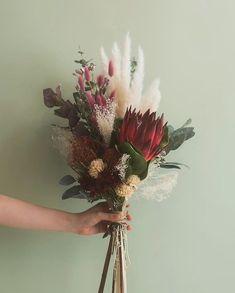 Fall Wedding Bouquets, Flower Bouquet Wedding, Floral Wedding, Meadow Flowers, Diy Flowers, Wedding Arrangements, Floral Arrangements, How To Preserve Flowers, Floral Bouquets
