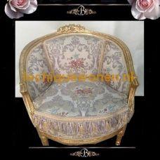Brocante sofa  the rose goud verguld bekleed met bloemenprint