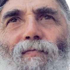 Elder Paisios the Athonite If you want to grab God's attention so He'll hear you during prayer, turn the dial to humility, for God always works in this frequency; then humbly ask for his mercy! Holy Quotes, True Faith, Orthodox Christianity, Eucharist, Orthodox Icons, Jesus Loves, Trust God, Catholic, Saints