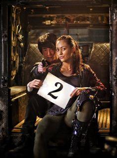 The 100 season 3 starts in 2 days || Lindsey Morgan and Christopher Larkin || The 100 cast || Montaven || Raven Reyes and Monty Green