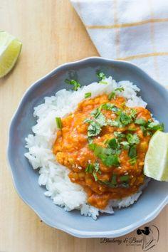 Effortless Vegan Cauliflower Lentil Curry - Blueberry & Basil