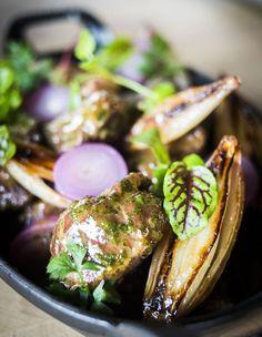 Gestoofde varkenswangen.  Een recept van Michael Yates, Slagerij Dierendonck en restaurant Carcasse (Koksijde) - Knack Weekend !