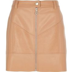 River Island Beige faux leather zip front mini skirt (3.665 RUB) ❤ liked on Polyvore featuring skirts, mini skirts, bottoms, saias, beige, women, high-waist skirt, leather look mini skirt, short red skirt and vegan leather mini skirt