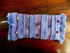 Relaxed knitting for a serious cause.
