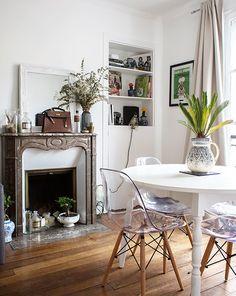 Barbara, Paris 10ème - Inside Closet