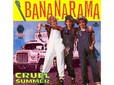 Bananarama in dungarees. ;]