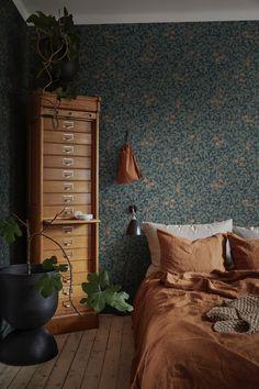 Wallpaper Size, Wallpaper Online, Flower Wallpaper, Ceiling Height, Dresser As Nightstand, Midnight Blue, Scandinavian Design, Custom Homes, Wallpapers
