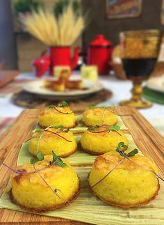Veja a receita completa da Pamonha gratinada no site do Canal Sony! I Love Food, Good Food, Fabulous Foods, Finger Foods, I Foods, Sweet Recipes, Food And Drink, Low Carb, Tasty