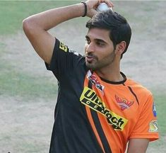 Bhuvi you are the best yar World Cricket, Blue Army, Sunrises, Hyderabad, Bowling, Ash, Studs, Celebs, Indian