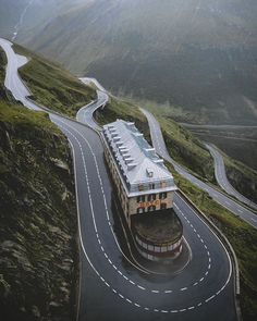No this road is not a photo manipulation it is the abandoned Belvedere Hotel in Furka Pass Switzerland. The Furka Pass is one of the highest mountain passes of the Swiss Alps which makes it one of the most dangerous roads to drive through!   Photo by Jonas Skorpil (@zrodyr)  #furkapass #switzerland #swissalps #adventure #travel #travelbug #windingroad #abandonedhotel #choicepicks