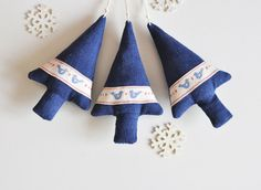 Christmas tree - set of 3 ornaments - winter ornament holiday decoration blue white vintage retro decor decoration Christmas Tree Set, Blue Christmas, Christmas Tree Decorations, Xmas, Holiday Decor, Red Gingham, Red Ribbon, Retro Vintage, Ornaments