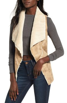 It's going to be a cozy fall if you jump on board one of this season's hottest trends – Shearling coats. Shearling certainly isn't new but the way designers are showing this year sure is. Sweater Dress Boots, Shearling Vest, Leather Mini Skirts, Only Fashion, Western Outfits, Fall Looks, Blazers For Women, Autumn Fashion, My Style