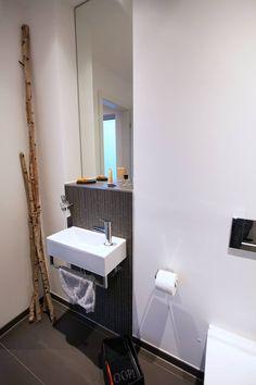 Gäste WC: Minimalistische Badezimmer Von Architektur Jansen