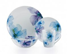 Blue Bloom Dinnerware Set - Service for 4