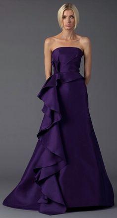 2011 Again, the bias vertical frill idea, bigger, fuller. Beautiful Evening Gowns, Evening Dresses, Prom Dresses, Formal Dresses, Purple Gowns, Purple Dress, Pretty Outfits, Beautiful Outfits, Prom Dress Couture