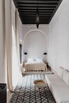 home of the week: a minimalist riad in Marrakech's Medina, . Holiday home of the week: a minimalist riad in Marrakech's Medina, Holiday home of the week: a minimalist riad in Marrakech's Medina, PPAA Moroccan Interiors, Moroccan Decor, Moroccan Lanterns, Bohemian Interior Design, Modern Interior Design, Interior Architecture, Monsaraz, Minimalist Interior, Of Wallpaper