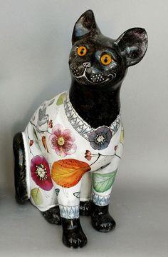 Cat Christmas Ornaments, Cat Statue, Black Cats, Cat Art, Three Dimensional, Funny Cats, Cat Lovers, Sculptures, Porcelain