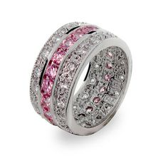 I like this as a wedding ring idea cause it reduces the Hight of the ring yet it's blingy