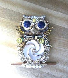 COLLAGE Repurposed Vintage Costume Jewelry Wall Art OWL #Vintage