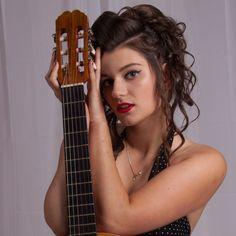 Fotograf: Jarek Okulicz-Kozaryn Modelka: Dominika Make up: Mua