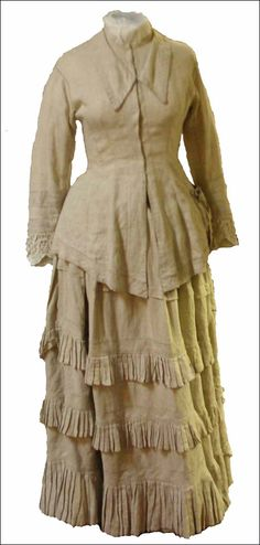 England Ladies Hockey dress from 1885-1895, Petersfield Museum and the Flora Twort Gallery costume collection