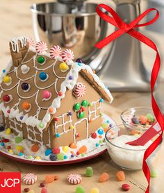 When it comes to building the perfect gingerbread house, every sweet treat baker knows it's all about the toppings. And nothing will get them started from scratch quite like the icing made from a KitchenAid® mixer. So go on – get to mixing!  Everyone will be joining in the Christmas fun in no time.