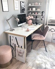 Chic and Cozy Home Office Space Ideas! - Chic and Cozy Home Office Space Ideas! Study Room Decor, Cute Room Decor, Room Ideas Bedroom, Small Room Bedroom, Office In Bedroom Ideas, Diy Bedroom, Office Ideas For Home, Cozy Small Bedroom Decor, Ideas For Bedrooms