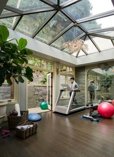 Home gym and solarium in Pacific Heights estate