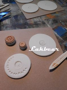 Lakbear has shared 1 photo with you! Handmade Stamps, Photos, Diy, Pictures, Bricolage, Do It Yourself, Homemade, Diys, Crafting