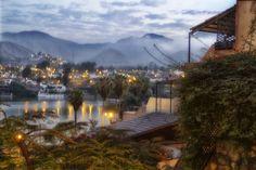 Amanecer en la laguna de La Molina, Lima Peru