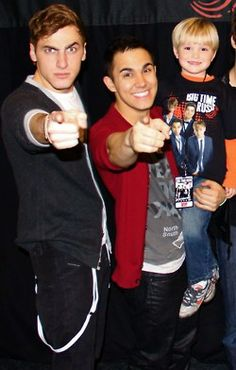 Bonnie nguyen ohitsbonnie on pinterest kendall and carlos at a meet greet with children these guys and kids just m4hsunfo