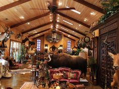 trophy-rooms.... Cabin Plan, Hunting Cabin, Hunting Rooms, Safari Room, Deer Mounts, Trophy Rooms, Fancy Houses, Country Interior, Tiny House Cabin