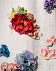 flowers - detail of hand-dyed silk organza flowers marc bohan for christian dior Couture Embroidery, Beaded Embroidery, Hand Embroidery, Organza Flowers, Fabric Flowers, Silk Organza, Couture Details, Fashion Details, Textiles