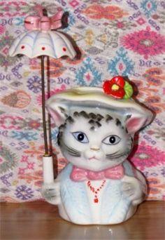 "Norcrest (E333) 5 3/4""  kitty cat umbrella girl head vase . Photo credit: Blonde Blythe"
