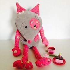 Leila louve rose et beige velours : Jeux, jouets par anoush