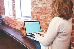 Estudiante, Escribir, Teclado, Texto, Mujer, Inicio