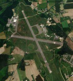 Dinard–Pleurtuit–Saint-Malo Airport - International airport- DNR