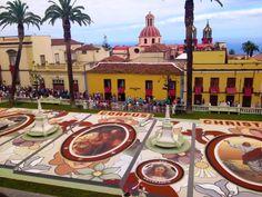 Las alfombras de flores y arena  de la Orotava para Corpus Cristi.(Tenerife)