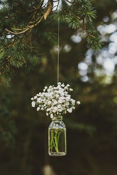 Love this hanging mason jar flower vase with Baby's Breath for vintage rustic wedding decor! Victoria and Richard had a Scottish wedding with a summer fête theme Woodland Wedding, Diy Wedding, Dream Wedding, Trendy Wedding, Wedding Themes, Wedding Vintage, Wedding Summer, Wedding Ceremony, Wedding Rustic
