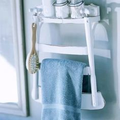 Super bath room shelves diy towels old chairs 67 ideas Bathroom Chair, Towel Rack Bathroom, Bathroom Storage, Bath Towels, Storage Room, Bathroom Ideas, Towel Racks, Towel Storage, Pallet Patio Furniture