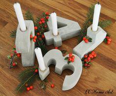 Die perfekte Dekoration für die Adventszeit.  Zahlenförmige Kerzenständer aus Beton mit Kerzenhalter aus Metall.  Nur mit goldenen Akzent möglich. Bitten den Farbwunsch bei der Bestellung mit...