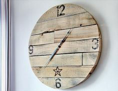 how to make a pallet wood clock