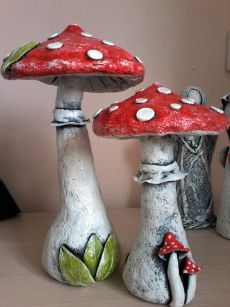 pinterest.com Paper Mache Crafts, Clay Crafts, Diy And Crafts, Arts And Crafts, Mushroom Crafts, Mushroom Art, Concrete Crafts, Concrete Art, Paperclay