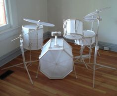 paper drum set was made by Canadian artist Steven Brekelman for a 2006 exhibition.