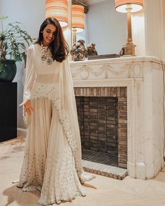 Indo-Western Gown Styles For You To Sport At The Next Wedding - Wedding Outfit Indian Fashion Dresses, Indian Gowns Dresses, Dress Indian Style, Indian Designer Outfits, Indian Fashion Trends, Pakistani Dresses, Gown Style Dress, Pakistani Clothing, Indian Designers