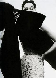 A classic late 50s Balenciaga.