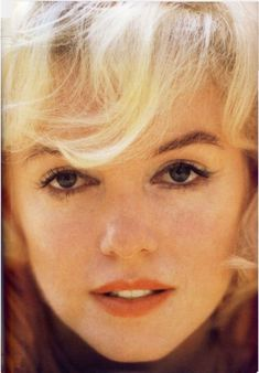 Remembering Marilyn Monroe in Life Magazine 1962 Andy Warhol Marilyn, Marilyn Monroe 1962, Face Pictures, Gentlemen Prefer Blondes, Face Photo, Most Beautiful Faces, Female Actresses, Norma Jeane, Life Magazine